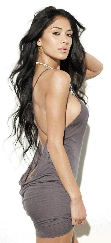 Top 20 Hot And Happening Attractive Women 2010-8299